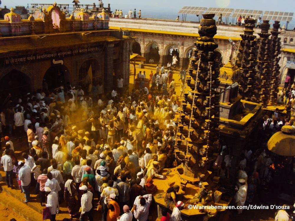 bhandara festival jejuri - Khandoba Temple near Pune (17)